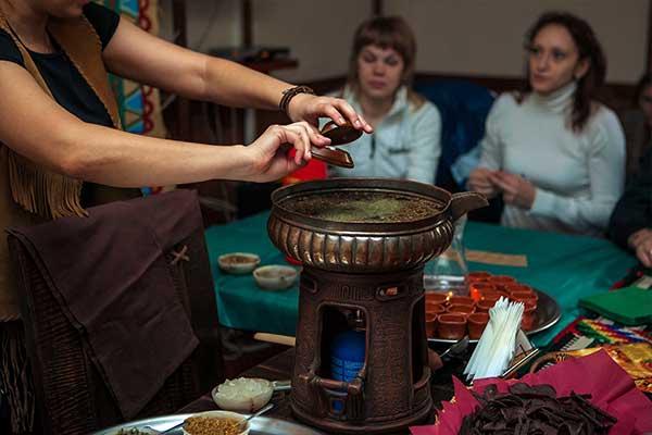 Ритуалы в клубе МАТЭ